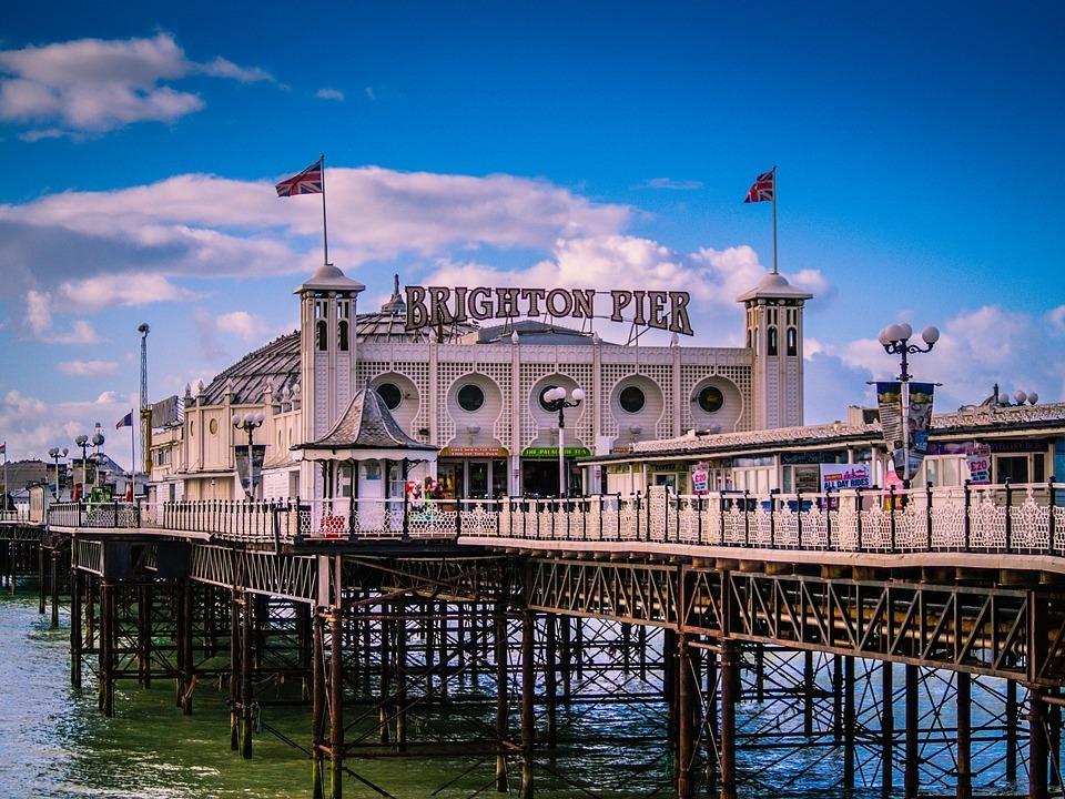 brighton-uk-city-seaside